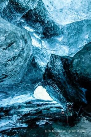 In der Eishöhle mit Runólfur Hauksson