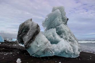 Bizarre Eisskulptur