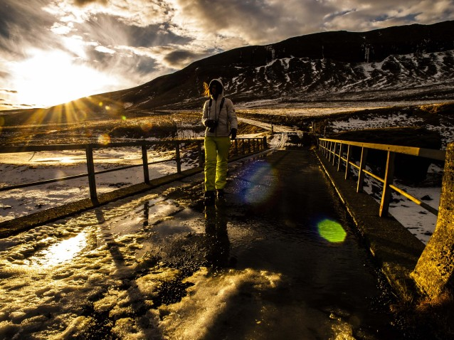 Dick eingemummelt für die Nordlicht-Jagd - Foto von Runólfur Hauksson