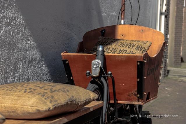 Früher Transportmittel für Kaffee-Säcke