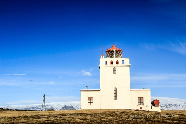Leuchtturm in perfekter Symmetrie