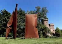 """""""Herzstücke"""". Werk von Thomas Kühnapfel im Skulpturenpark."""
