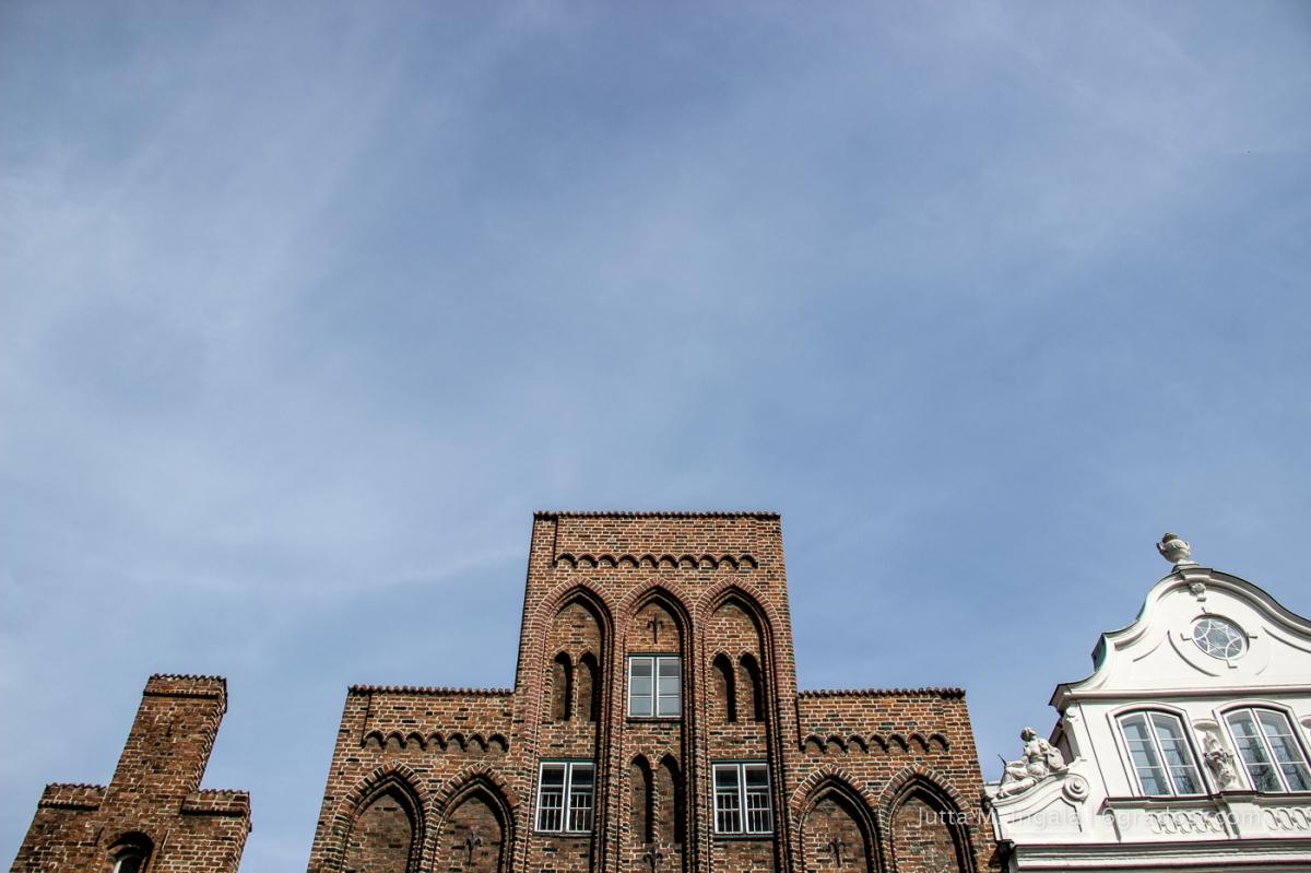 Dem Himmel so nah: Lübecker Giebel