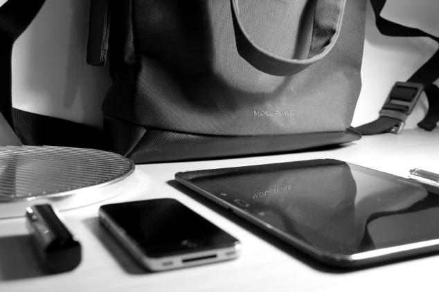 In der myCloud Tote Bag ist Raum für alle Essentials