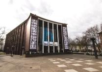 Unter Denkmalschutz: das Gebäude aus den 50er Jahren