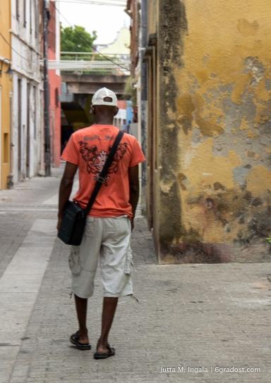 In den Straßen von Otrobanda
