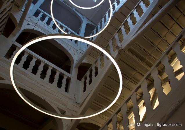 Entrée zu einer modernen Museumswelt: das Treppenhaus aus dem 18. Jahrhundert