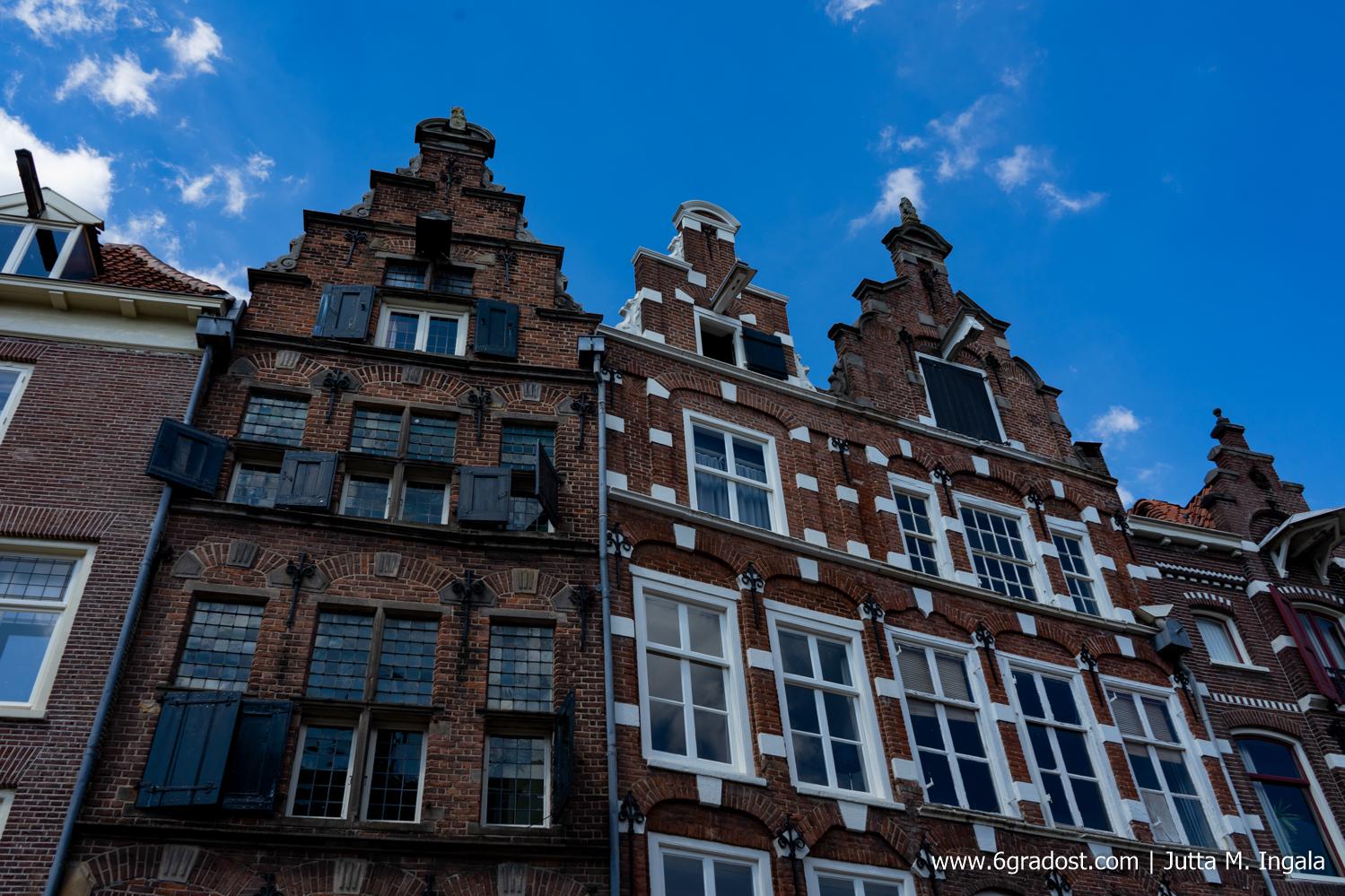 Das Huis met de Luiken - das Haus mit den Fensterläden - beherbergt heute ein Geschäft für Designobjekte